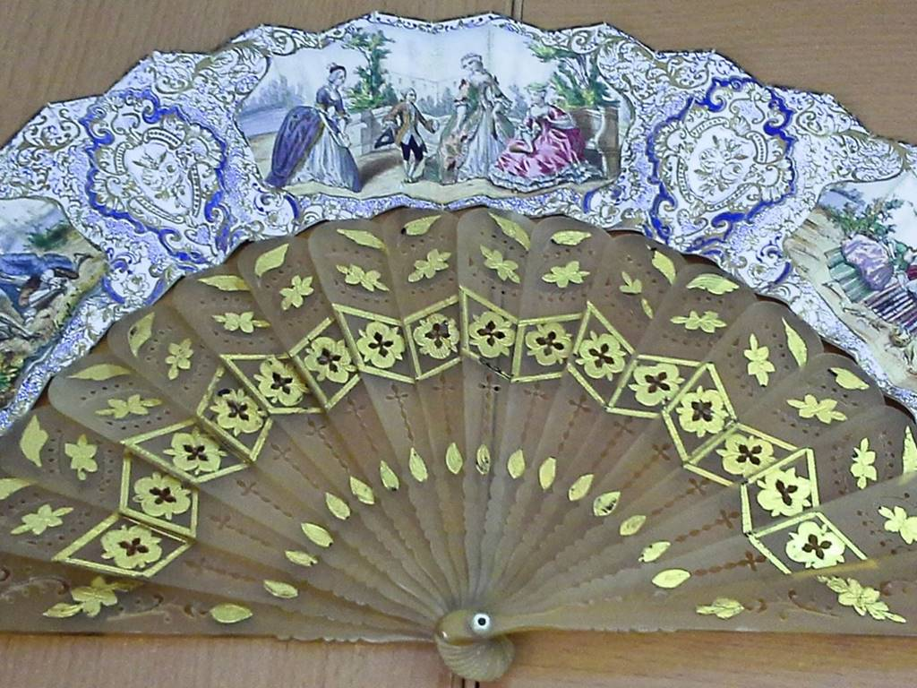 Fans of the 19th and 20th centuries